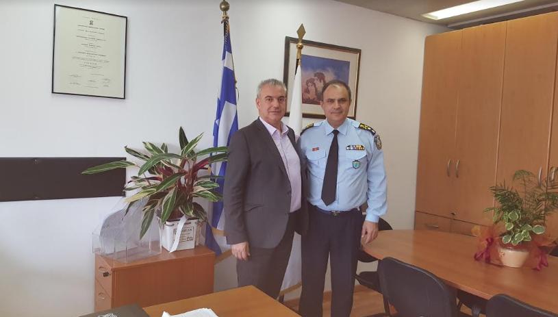 Ο βουλευτής Γρεβενών κ. Χρήστος Μπγιάλας, επισκέφτηκε το Υπουργείο Δημόσιας Τάξης όπου συναντήθηκε με το νέο υποστράτηγο κ. Ντζιοβάρα Παναγιώτη