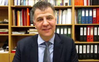 Στην Κοζάνη γιορτάζουν την πρωταπριλιά έναν μήνα νωρίτερα. Οι νέες δηλώσεις του Ευάγγελου Σημανδράκου (Βίντεο)
