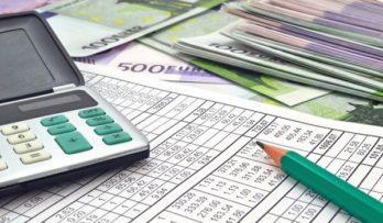 «Τσουχτερά» τα εκκαθαριστικά: Στα 1.126 ευρώ ο μέσος φόρος – Τι άλλο πρέπει να πληρωθεί