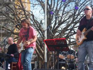 Γρεβενά: Συναυλία στην Κ. Πλατεία με το Τοπικό σχήμα <<Tipota the ΜαSony>> (Βίντεο  &#8211; Φωτογραφίες)