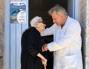 O Ανάργυρος Μαριόλης ανακηρύχθηκε καλύτερος γιατρός στην Ευρώπη για το 2019