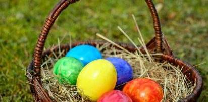Βαφτίζουν ελληνικά αυγά και αμνοερίφια ενόψει Πάσχα -Τι πρέπει να προσέχουν οι καταναλωτές
