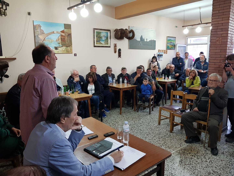 Σε μία μεγάλη συγκέντρωση μίλησε σήμερα το βράδυ στην κοινότητα Ταξιάρχη ο υπ. Δήμαρχος Γρεβενών Γιάννης Κ. Παπαδόπουλος