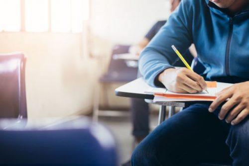 Στις 30 Μαΐου ξεκινούν οι προαγωγικές και απολυτήριες εξετάσεις στα Γυμνάσια