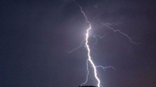 Πρωτόγνωρο: Πάνω από 96.000 κεραυνοί μέσα σε 10 μέρες τον Ιούνιο-Μεγαλύτερη πυκνότητα κεραυνών στη Δυτική Μακεδονία