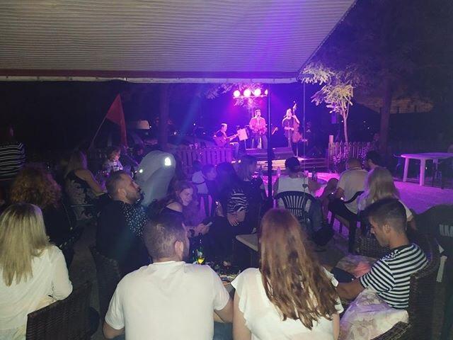 Πολιτική μουσική εκδήλωση ΚΚΕ: Εμείς τραγουδάμε για να σμίξουμε τον κόσμο