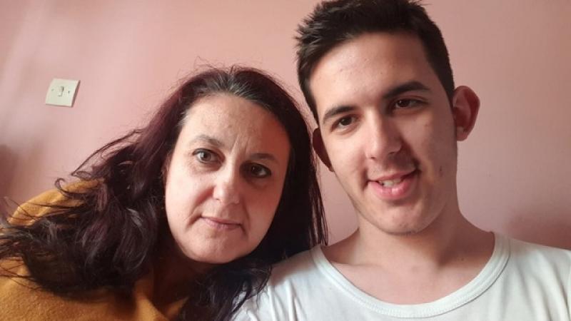 Μητέρα τεσσάρων παιδιών πρώτη στο τμήμα Εργοθεραπείας του Πανεπιστημίου Δυτ. Μακεδονίας