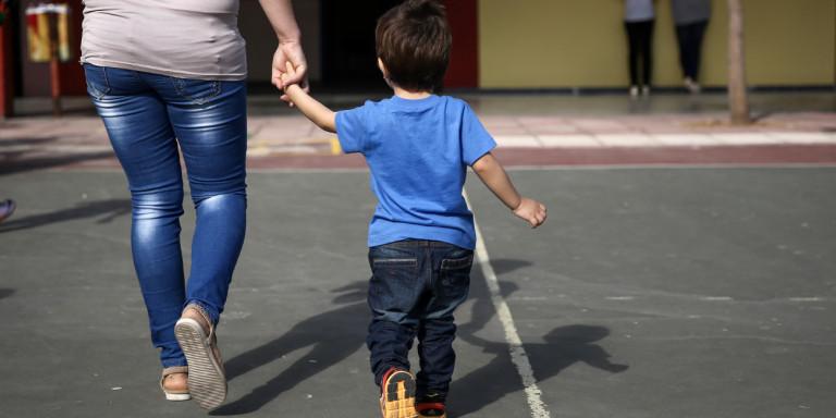 Επίδομα 1.000 ευρώ σε μητέρες από τον ΟΠΕΚΑ -Ποιες το δικαιούνται