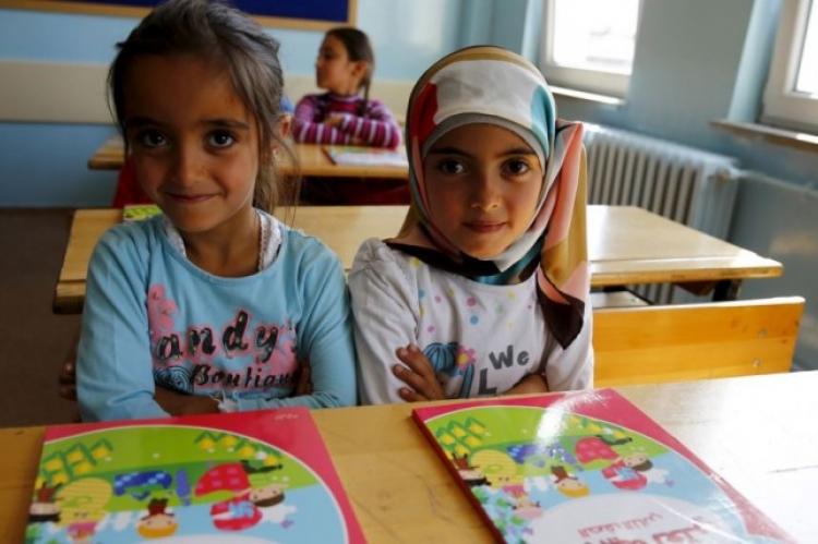 Υποχρεωτική η φοίτηση προσφυγόπουλων στα σχολεία -Το νέο σχέδιο νόμου