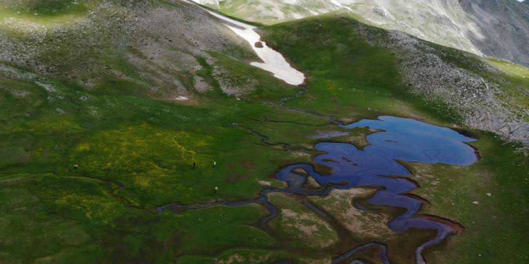 Οι επιβλητικές, άγνωστες λίμνες της Πίνδου -Σε υψόμετρο πάνω από 2.000 μ. [εικόνες]
