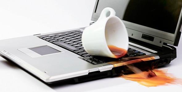 Αυτά είναι τα 10 λάθη που κάνουν ζημιά στο laptop σας