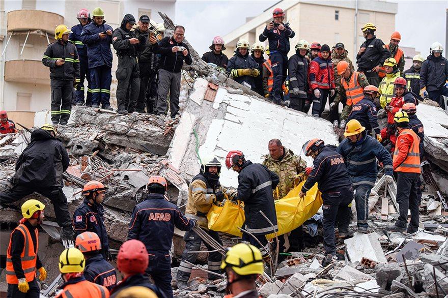 Στους 49 αυξήθηκαν οι νεκροί από τον φονικό σεισμό στην Αλβανία