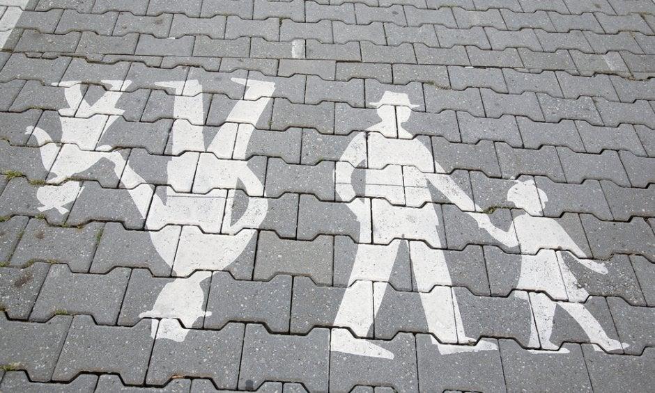 Πρόστιμα και για τους πεζούς – Πότε πρέπει η Τροχαία να τους κόβει κλήσεις