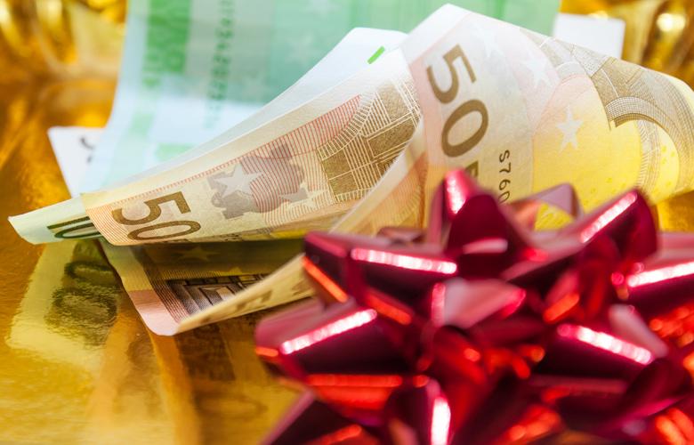 ΟΑΕΔ:Ποιοι δικαιούνται δώρο Χριστουγέννων