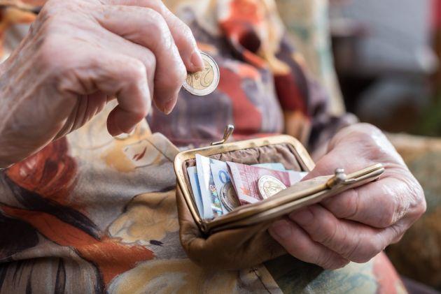 Πληρωμές 345-384€ το μήνα σε όλους τους εν αναμονή συνταξιούχους