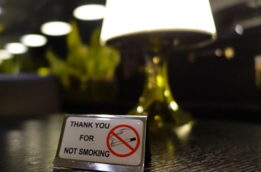 Πόσα πρόστιμα μοιράστηκαν για τον αντικαπνιστικό νόμο