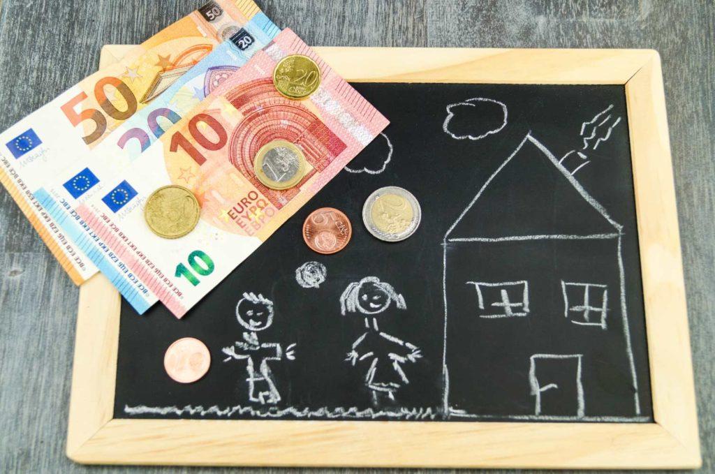 Την Τρίτη 24 Δεκεμβρίου θα καταβληθεί η έκτη δόση στους δικαιούχους του επιδόματος παιδιού
