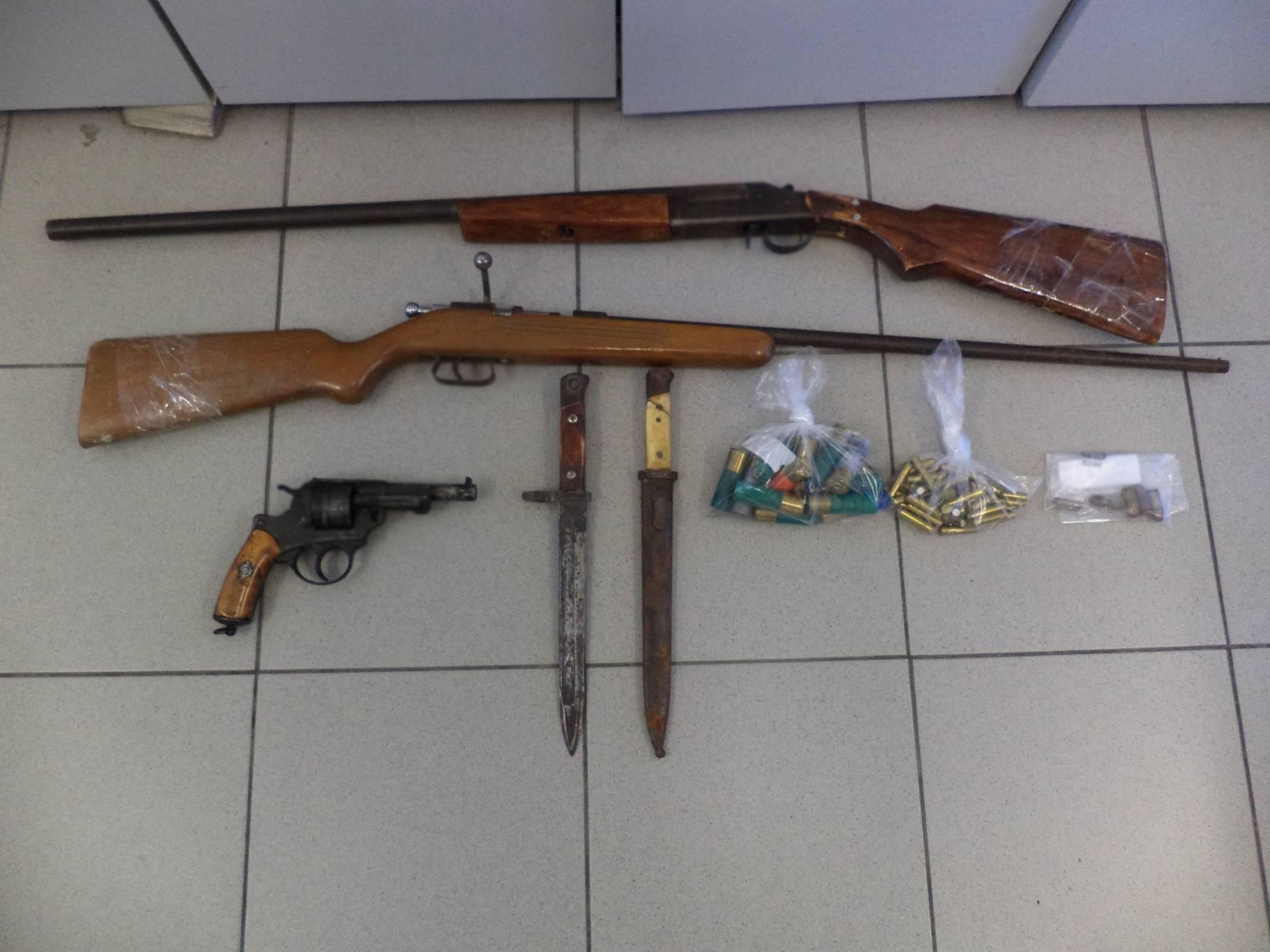 Σύλληψη 53χρονου ημεδαπού για παράβαση του νόμου περί όπλων στην Φλώρινα