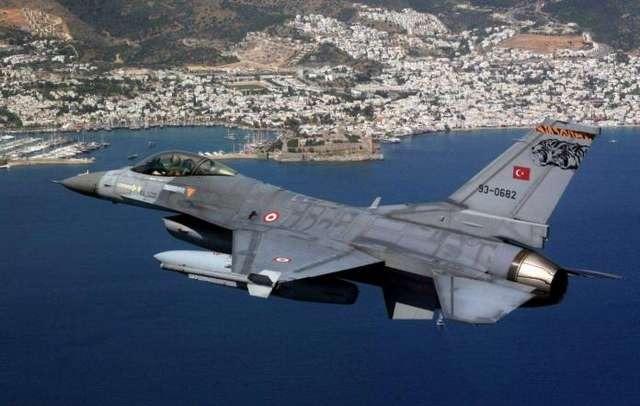 Νέο κρεσέντο τουρκικών παραβιάσεων στο Αιγαίο – Δέκα εμπλοκές σε 60 παραβιάσεις