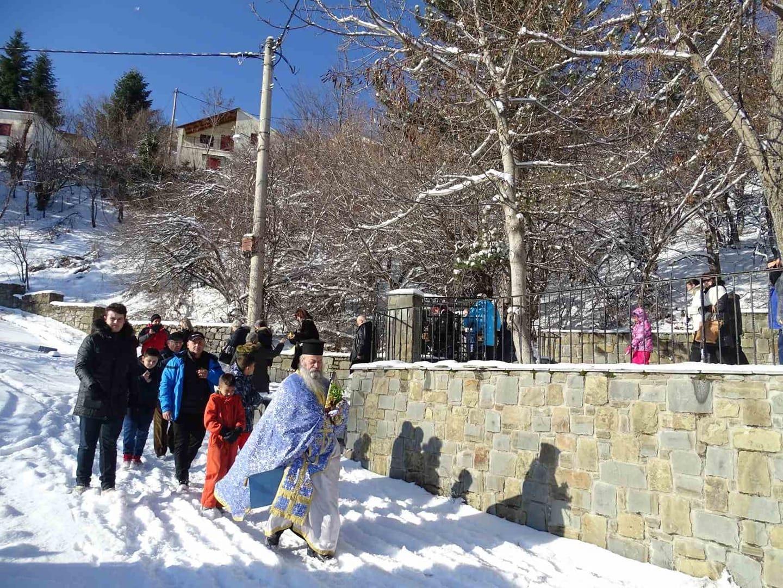 Θεοφάνεια στο ψηλότερο χωριό των Βαλκανίων,στην Σαμαρίνα