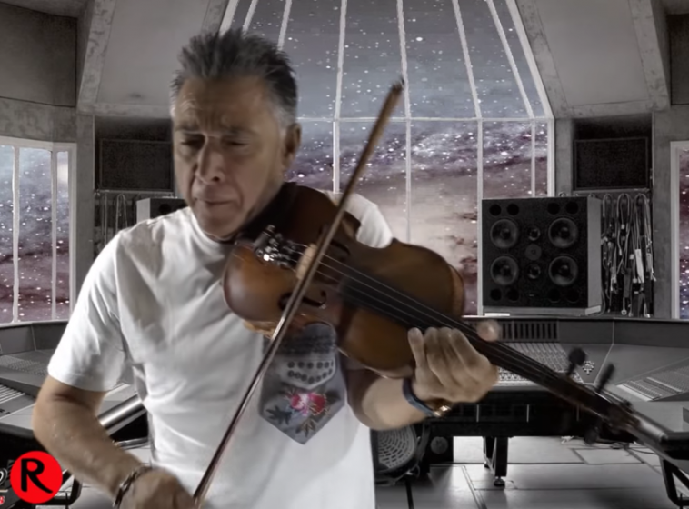Γιατί ο Ζήσης Κασιάρας είναι το κορυφαίο βιολί στην Ελλάδα- Βίντεο