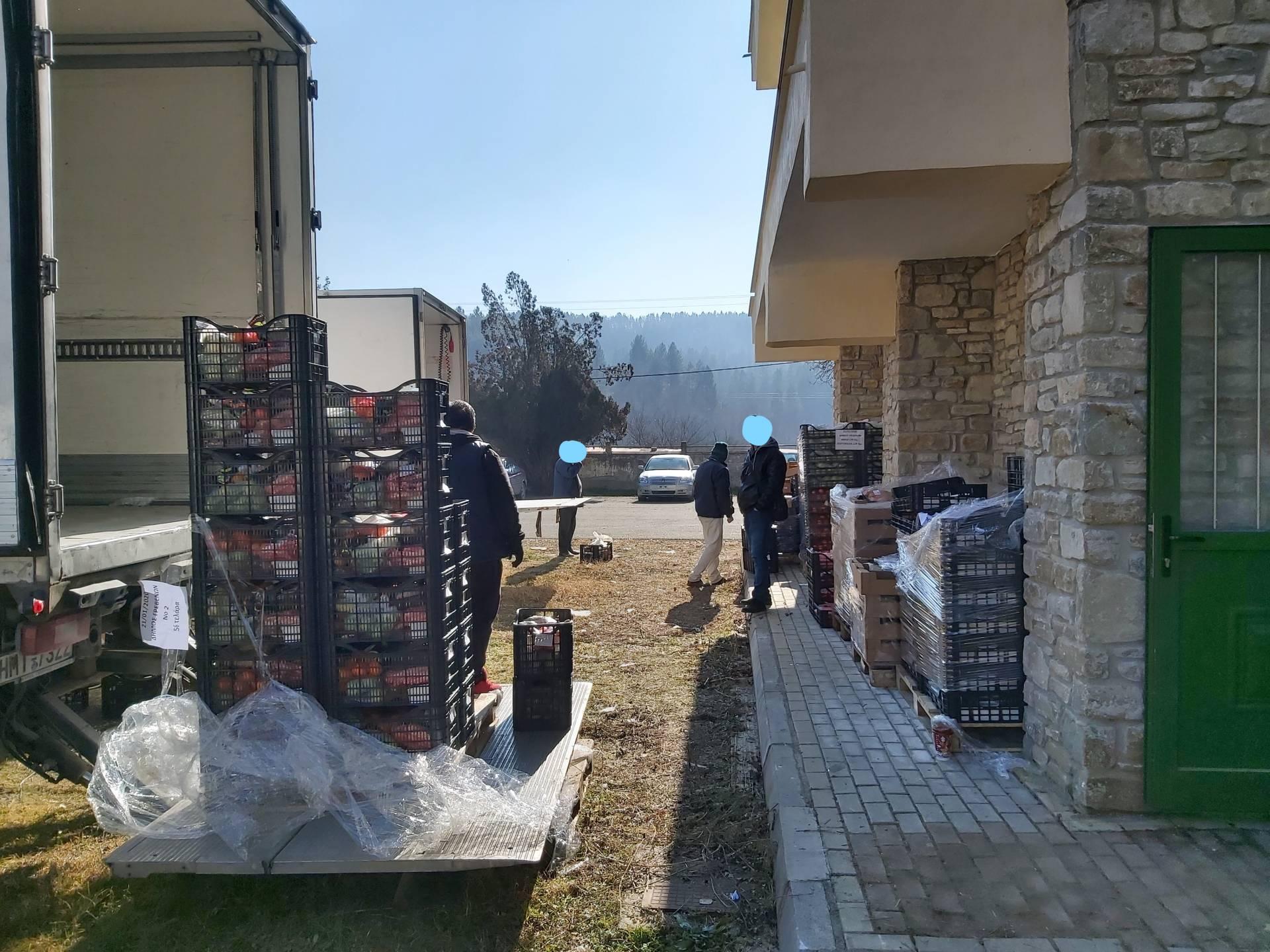 Με επιτυχία πραγματοποιήθηκε η Διανομή τροφίμων της Κοινωνικής Σύμπραξης Γρεβενών