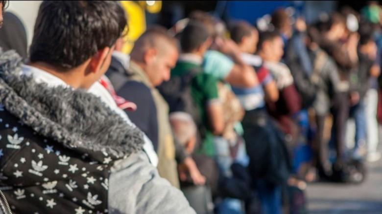 Προσφυγικό:3 στους 4 πρόσφυγες θέλουν να φύγουν από την Ελλάδα-Διχασμένη η γνώμη των Ελλήνων
