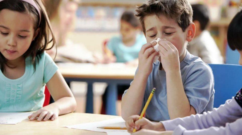 Θερίζει η γρίπη στα σχολεία:Νέα εμβόλια από το υπουργείο Υγείας – Τι λένε οι ειδικοί