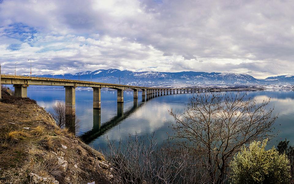 Γέφυρα Σερβίων:Επικίνδυνη μία από τις μεγαλύτερες γέφυρες της χώρας