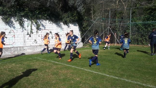 Serial Winner η ομάδα ποδοσφαίρου γυναικών του Α.Ο.Σειρήνα Γρεβενών!!!