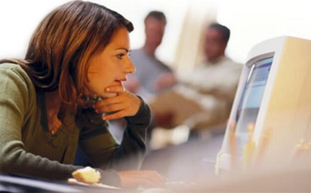 Κορωνοϊός: Πότε μπορεί ο εργαζόμενος να απέχει από τη δουλειά- Ποιες οι υποχρεώσεις του εργοδότη