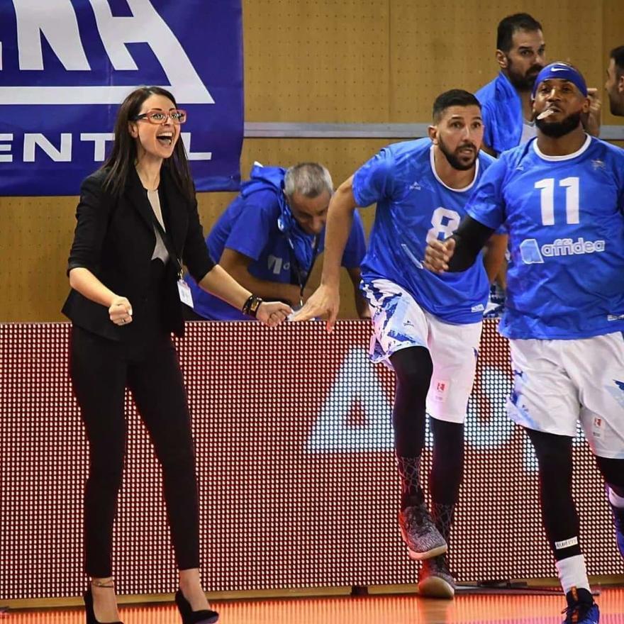 Χριστίνα Σκέντζιου: Η μόνη γυναίκα στην Ευρώπη , που διευθύνει ομάδα μπάσκετ ανδρών στην Α1