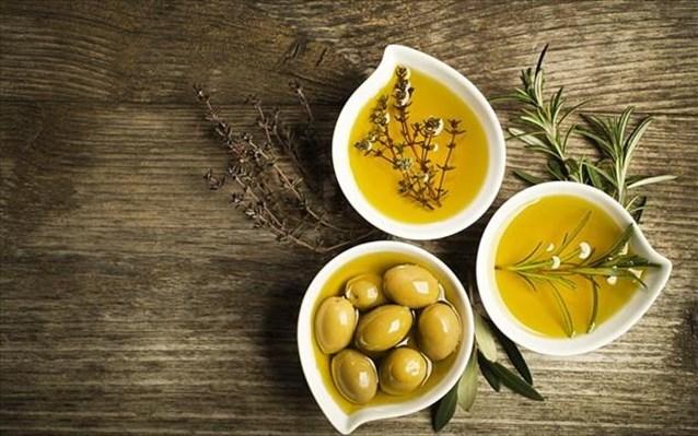Εξαιρούνται προϊόντα ελιάς, τυριά και κρασιά της Ελλάδας από τους αμερικανικούς δασμούς