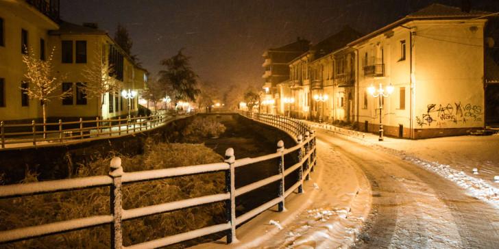Κακοκαιρία: Πυκνή χιονόπτωση στη Φλώρινα, κλειστά τα σχολεία