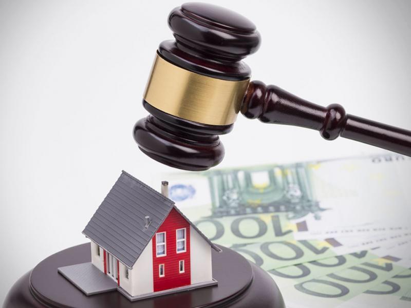 Επίδομα 200 ευρώ το μήνα σε όσους χάσουν τα σπίτια τους σε πλειστηριασμούς