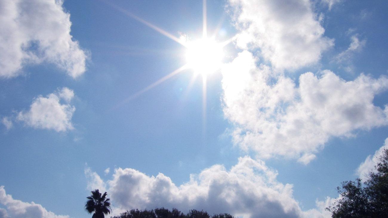 Στους 26-27 βαθμούς έφτασε η θερμοκρασία – Ο καιρός την Κυριακή
