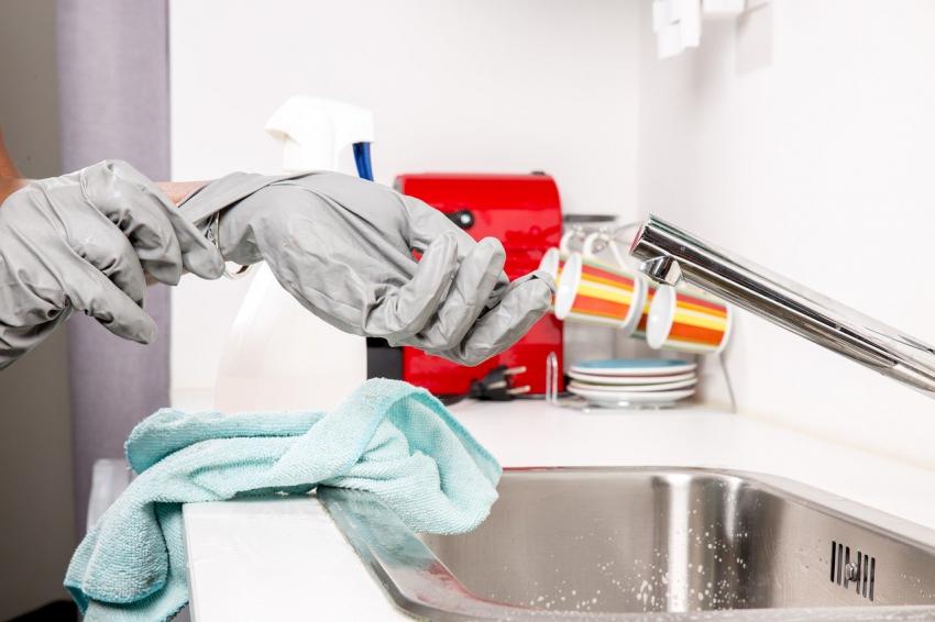 Ποια καθαριστικά «εξοντώνουν» τον ιό