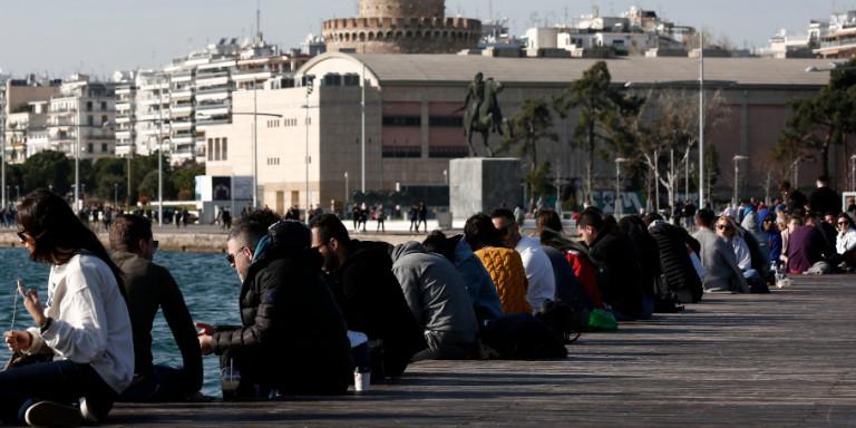 Κλείνει η παραλία της Θεσσαλονίκης με απόφαση Τζιτζικώστα,Ζέρβα -Μετά τις απαράδεκτες εικόνες [βίντεο]