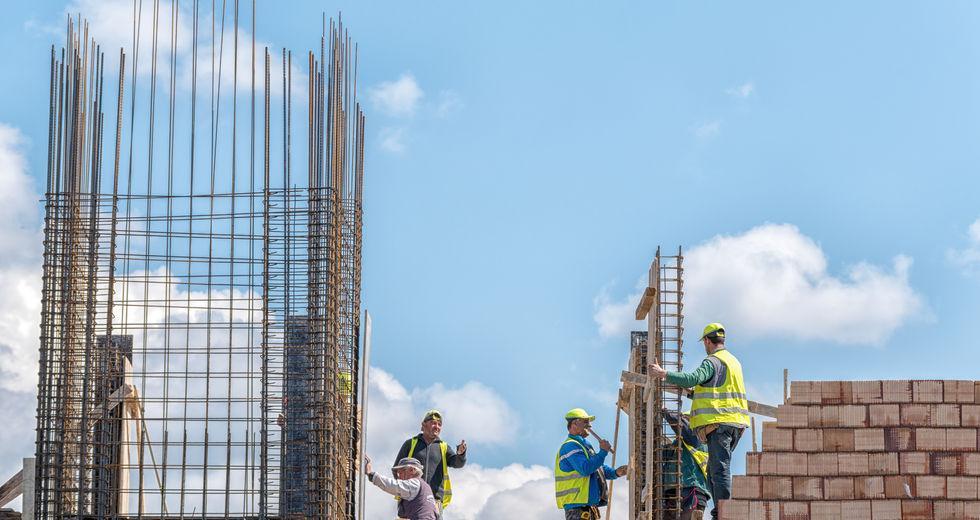Κινητοποιήσεις οικοδόμων για ένταξη στην επιδότηση των 800 ευρώ