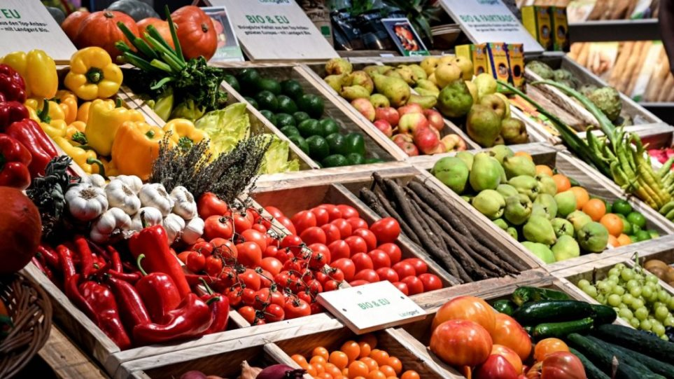 Έκρηξη εξαγωγών ελληνικών φρούτων και λαχανικών εν μέσω κορωνοϊού