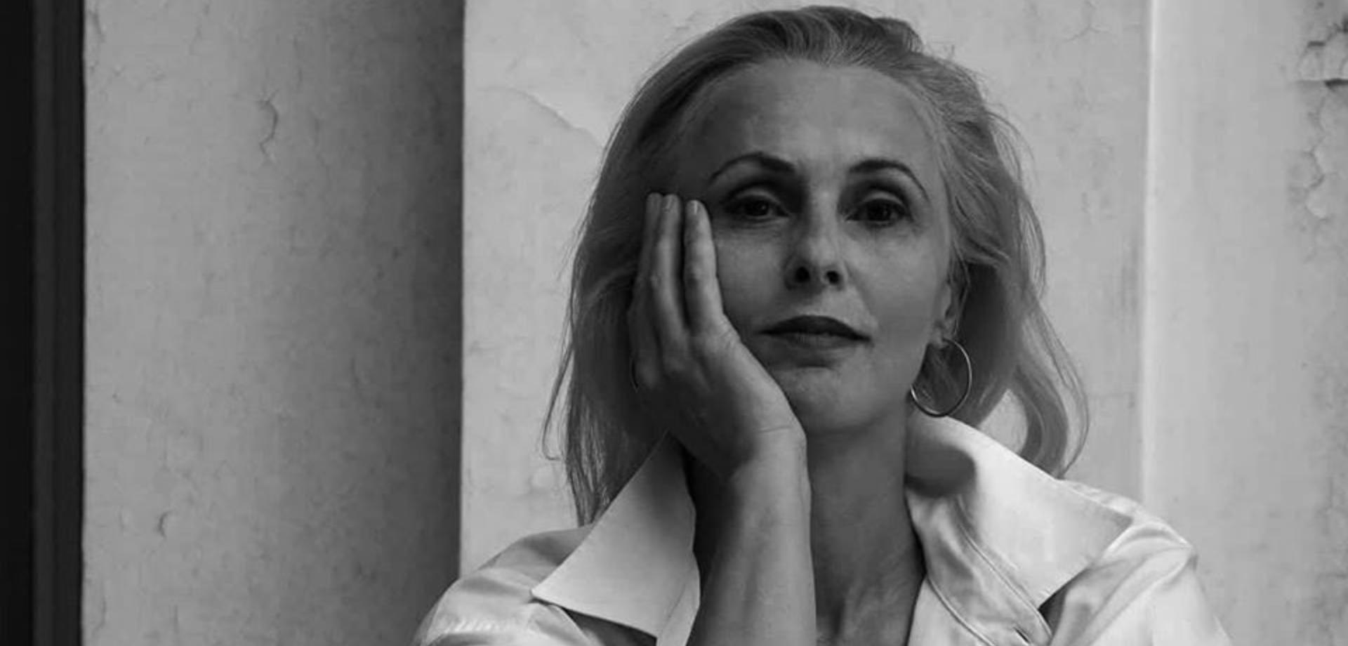 Παρθενόπη Μπουζούρη: Ο ξαφνικός θάνατος του θεάτρου σε όλο τον κόσμο