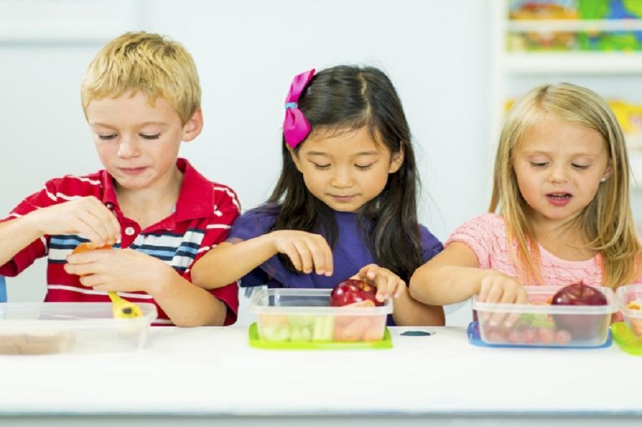 Πώς θα λυθεί το θέμα με τους γονείς που έστελναν τα παιδιά στο ολοήμερο