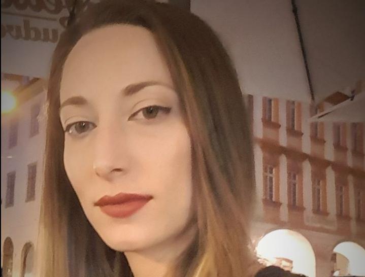 Εβίτα Φράγκου: Ποια είναι η βοηθός του Σωτήρη Τσιόδρα με το… ατελείωτο βιογραφικό