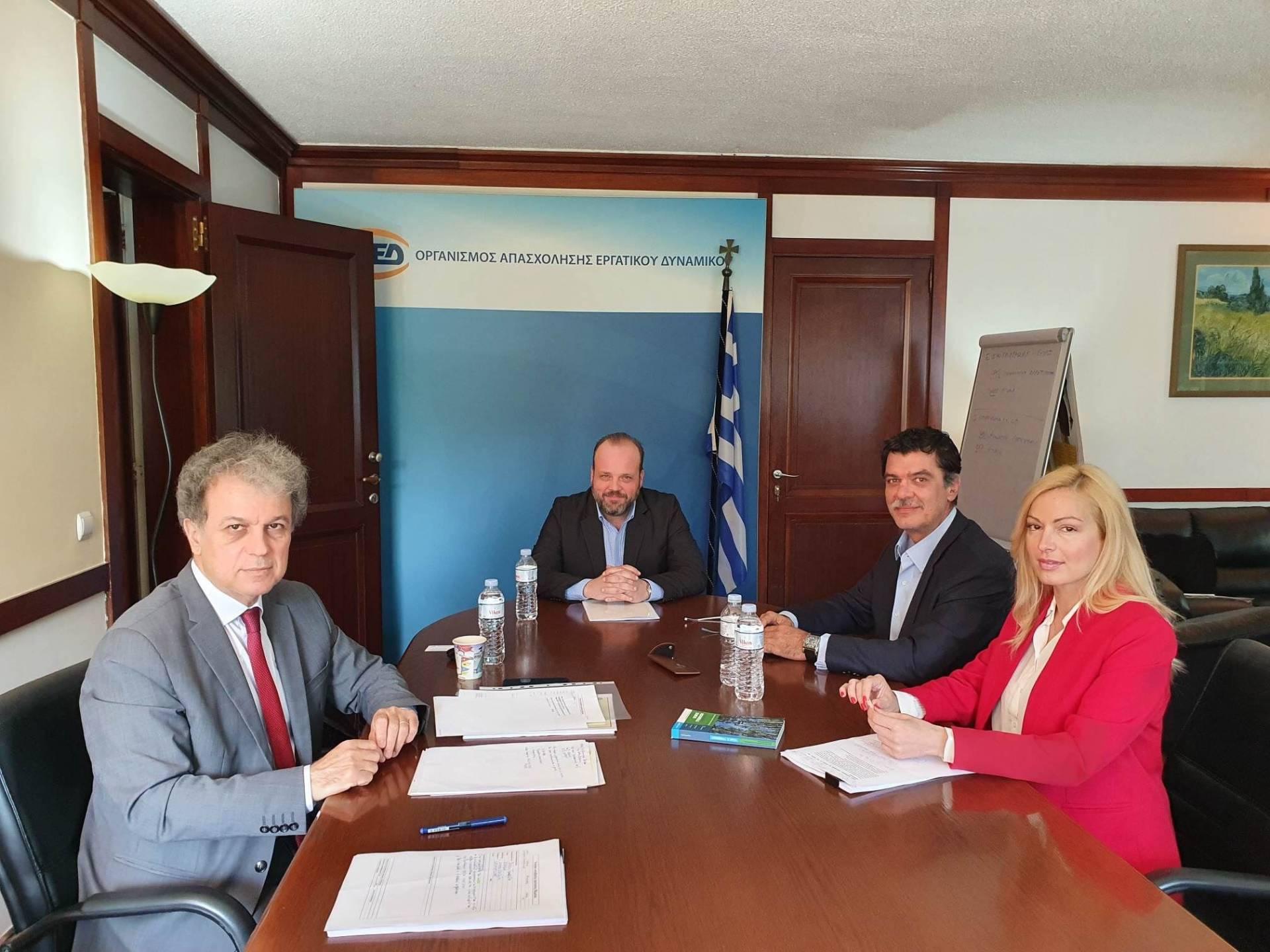 Συνάντηση του Βουλευτή Γρεβενών Ανδ. Πάτση με τον Διοικητή του ΟΑΕΔ
