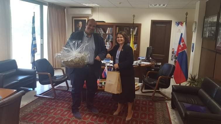 Τον Αντιπεριφερειάρχη της Περιφερειακής Ενότητας Γρεβενών, κ. Γιάννη Γιάτσιο επισκέφθηκε η πρέσβης της Σλοβακίας κα Ιβέτα Χρίτσοβα