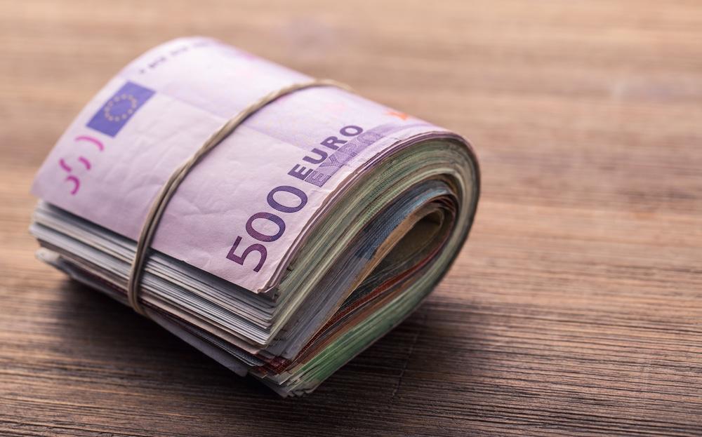 Πότε πληρώνονται τα επιδόματα των 534 ευρώ για τον Μάιο