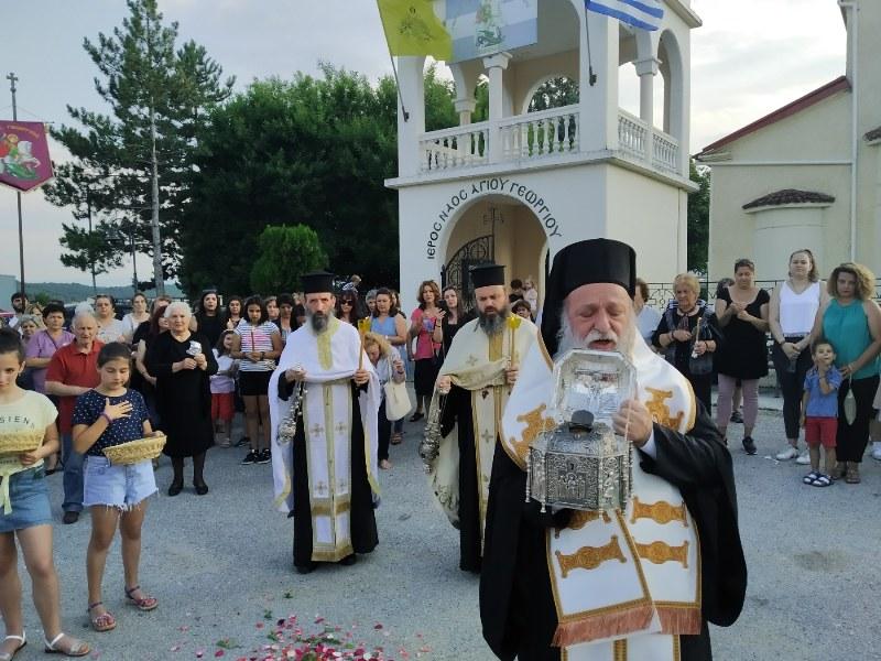 Λιτανεία της Τιμίας Κάρας του Οσίου Νικάνορος στην πόλη των Γρεβενών και αναχώρηση αυτής