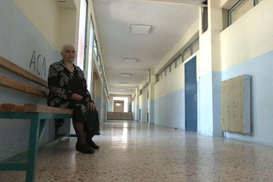 Η 86χρονη από την Κοζάνη που αποφοίτησε από το ΕΠΑΛ με το πτυχίο της Βοηθού Νοσηλεύτριας