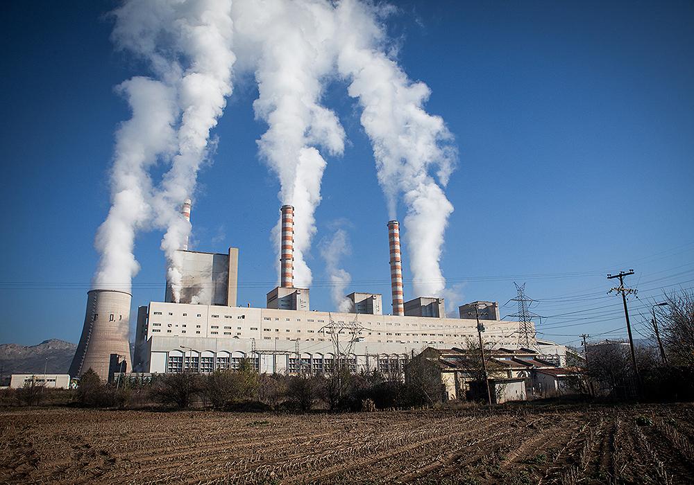 ΔΕΗ: Εφιαλτικές προβλέψεις για τις τιμές των ρύπων