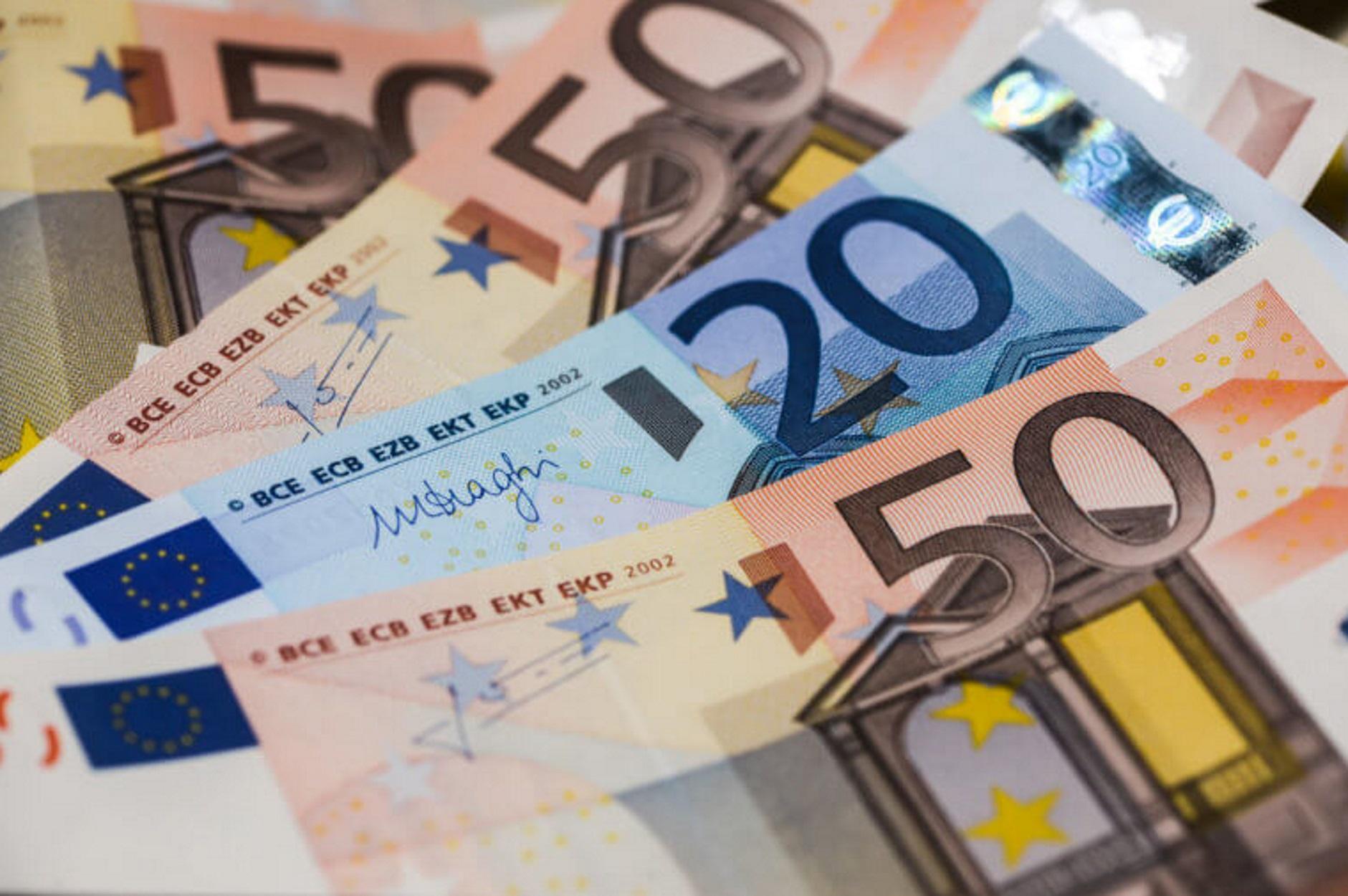 Έκτακτη επιδότηση 3.000 ευρώ ανά επιχείρηση και 1.000 ευρώ ανά εργαζόμενο